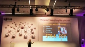 social media keynote speaker corporate training workshops pam moore